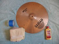 cymbals with cleaning kit