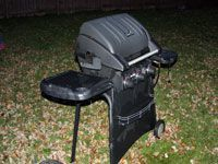 nice clean propane grill
