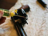 oiling gun